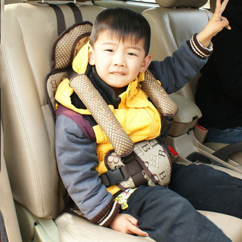 cute kid in car